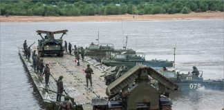 """THE TROOPS WILL TEST THE NEWEST """"PONTOON"""" BOATS"""